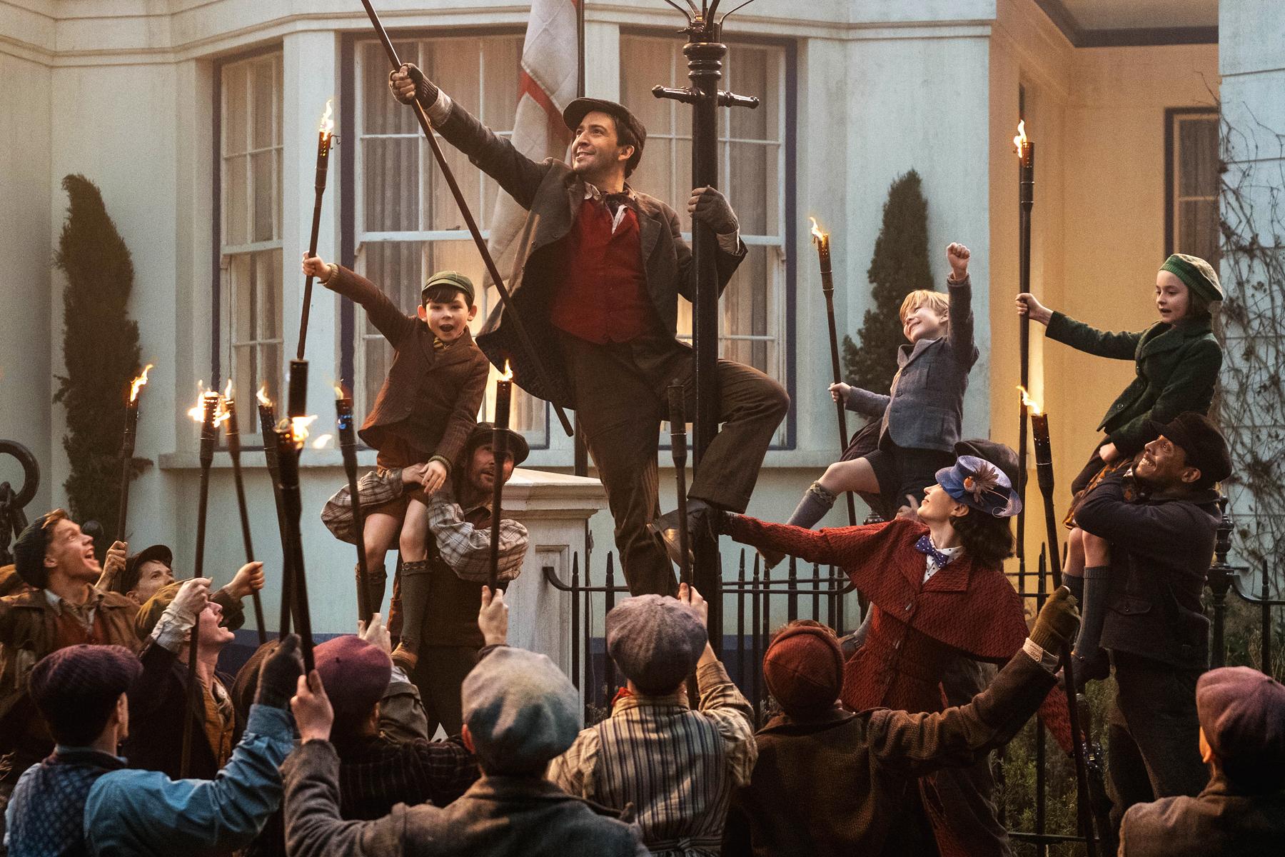 Mary-Poppins-Returns-Trip-a-Little-Light-Fantastic.jpg